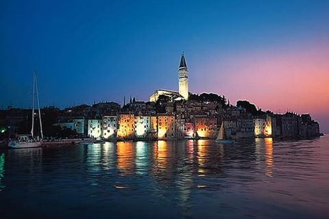 Rovinj by Nightcover